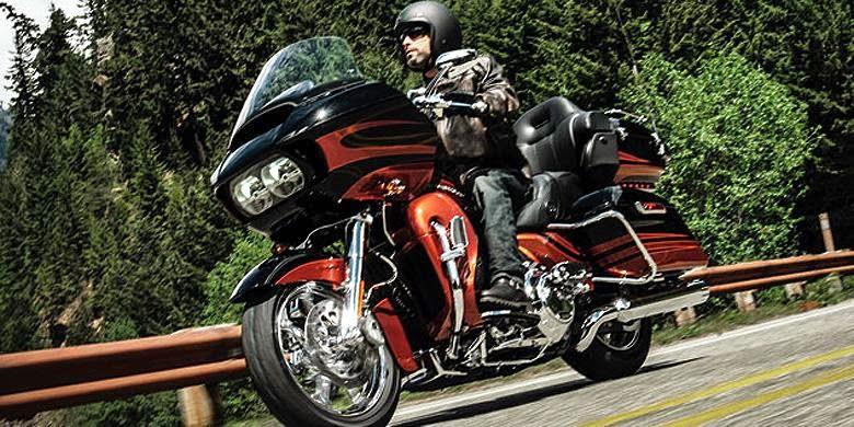 Jajaran Motor Harley Davidson Modifikasi Pabrikan 2015 1