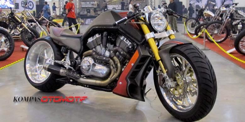 Pemenang Kustomfest 2014 modifikasi Harley-Davidson 3