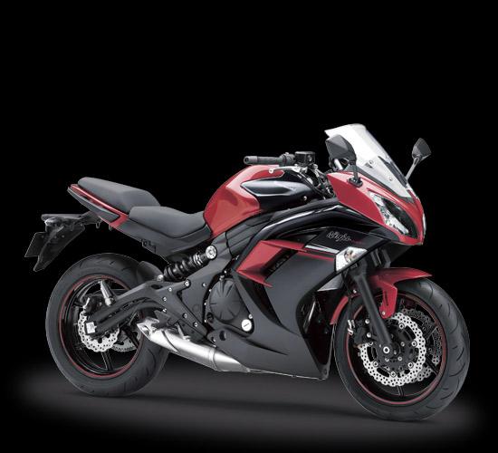 Pilihan warna dan Striping Kawasaki Ninja 650 ABS Merah