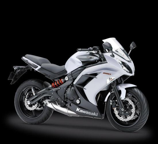 Pilihan warna dan Striping Kawasaki Ninja 650 Non ABS