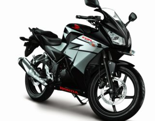 All new Honda CBR150R Speedy Black