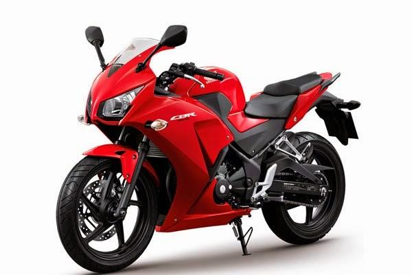 All new Honda CBR250R Millenium Red