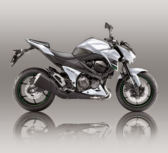 Kawasaki Z800 Putih