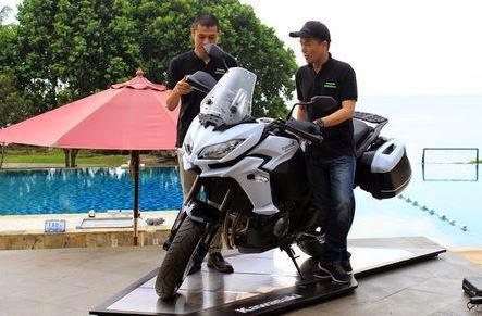 40 Unti Kawasaki Versys, dan 100 Versys 650 Akan Hadir Maret 2015 Ini