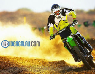 Motor Trail Kawasaki