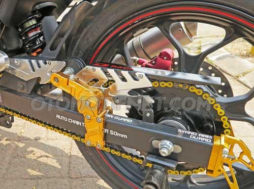 Yamaha MX King pakai velg ori R25 2