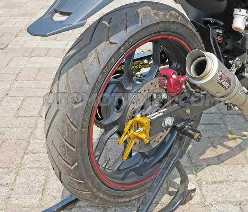 Yamaha MX King pakai velg ori R25 3