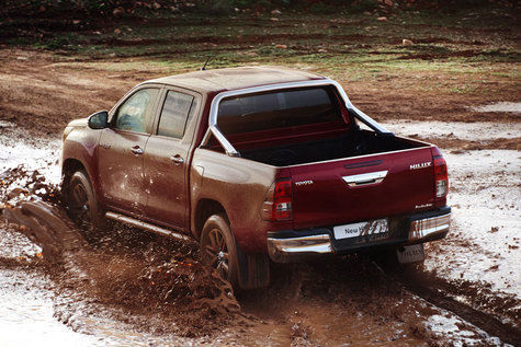 Toyota All-New Hilux Euro-Specs 4