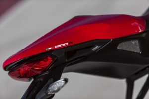 mega galeri foto new ducati monster 1200r 10