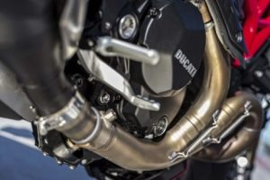mega galeri foto new ducati monster 1200r 16