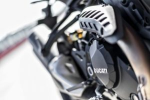 mega galeri foto new ducati monster 1200r 21