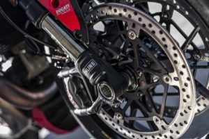 mega galeri foto new ducati monster 1200r 23