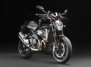 mega galeri foto new ducati monster 1200r hitam 3