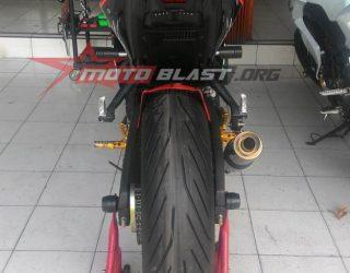 Yamaha R25 Ban 180 velg 5,5 inchi