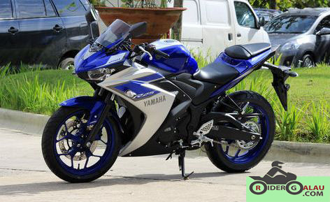Yamaha R25 Biru Silver ABS 5