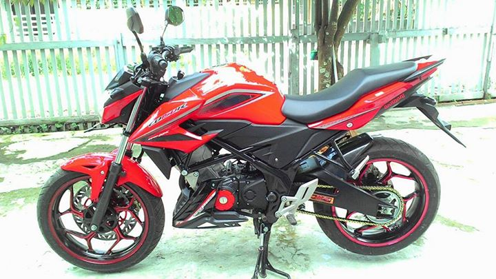 Honda All New CB150R Pakai Velg Lebar Axio 3-4,5 Inchi dan Arm RD Racing 1