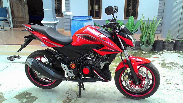 Honda All New CB150R Pakai Velg Lebar Axio 3-4,5 Inchi dan Arm RD Racing 2
