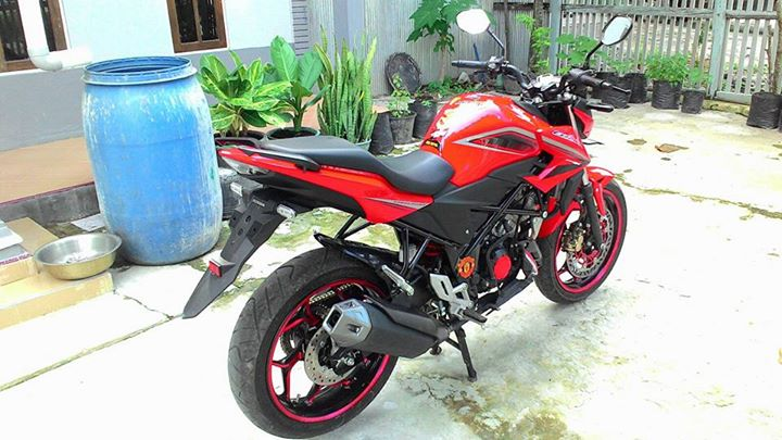 Honda All New CB150R Pakai Velg Lebar Axio 3-4,5 Inchi dan Arm RD Racing 3
