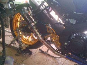 Yamaha R15 Pakai Velg Ori Yamaha R25 1