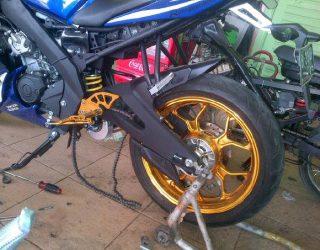 Yamaha R15 Pakai Velg Ori Yamaha R25 2