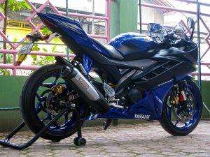 Yamaha r15 R6 2