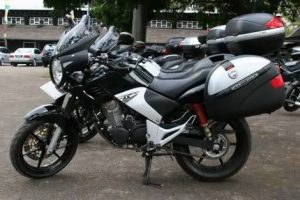 Aturan Penggunaan Box Motor, Supaya Agan Tidak Kena Tilang