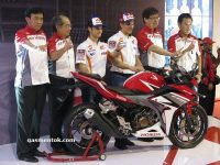 Launching Honda CBR150R Facelift 2016 1