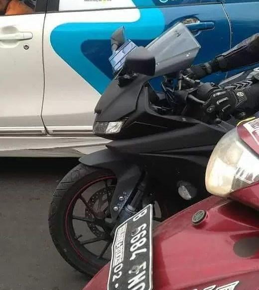 Foto Spyshoot Yamaha R15 Facelift bagian depan