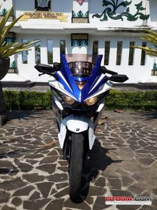 Modifikasi Honda All New CB150R Full Fairing ala Yamaha r25 1