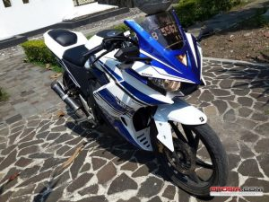 Modifikasi Honda All New CB150R Full Fairing ala Yamaha r25 3