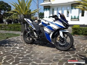 Modifikasi Honda All New CB150R Full Fairing ala Yamaha r25 4