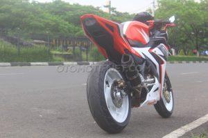 Tips Upgrade Velg dan Ban Ukuran Lebih Besar Arm Standar Honda All New CBR150R