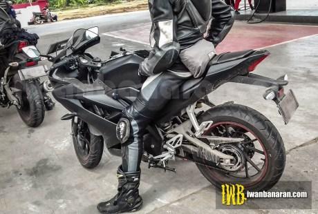 Foto Spyshot Yamaha R15 Facelift 2017 Ngisi Bensin 2