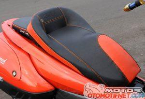 Modifikasi Honda PCX 150 Part Serba PNP 3