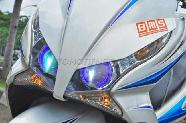 Modifikasi Honda PCX 150 Simpel Minimalis