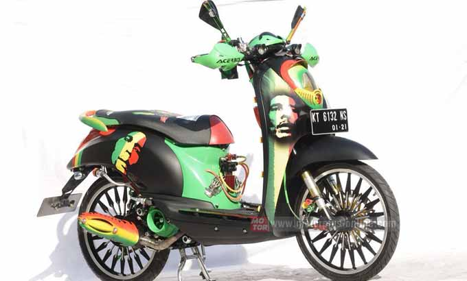 Modifikasi Honda Scoopy Air Brush Bob Marley 1