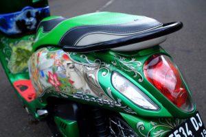 Modifikasi Honda Scoopy Peri Hijau 5