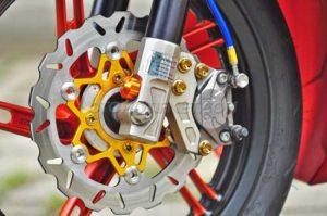 Modifikasi Honda Vario 150 ESP Matte Orange Bergaya 2