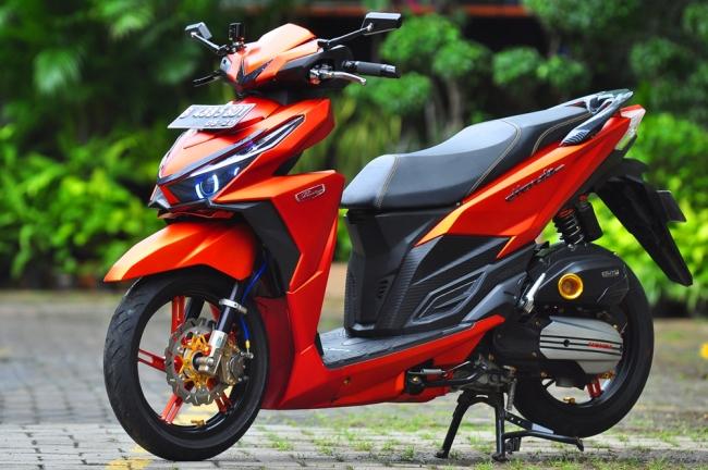 Modifikasi Honda Vario 150 ESP Matte Orange Bergaya 4