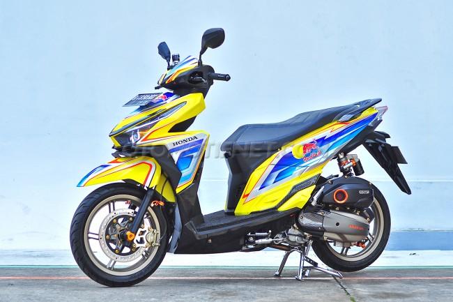 Modifikasi Honda Vario 150 ESP livery Red Bull 1