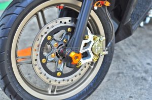 Modifikasi Honda Vario 150 ESP livery Red Bull 2