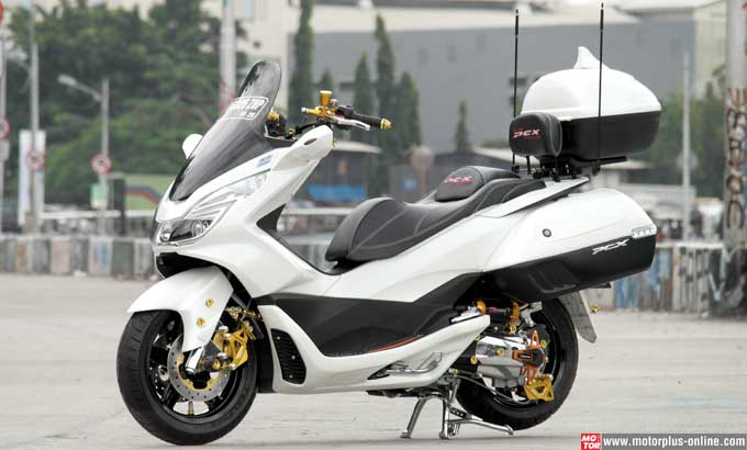 7 Galeri Foto Modifikasi Honda PCX 150