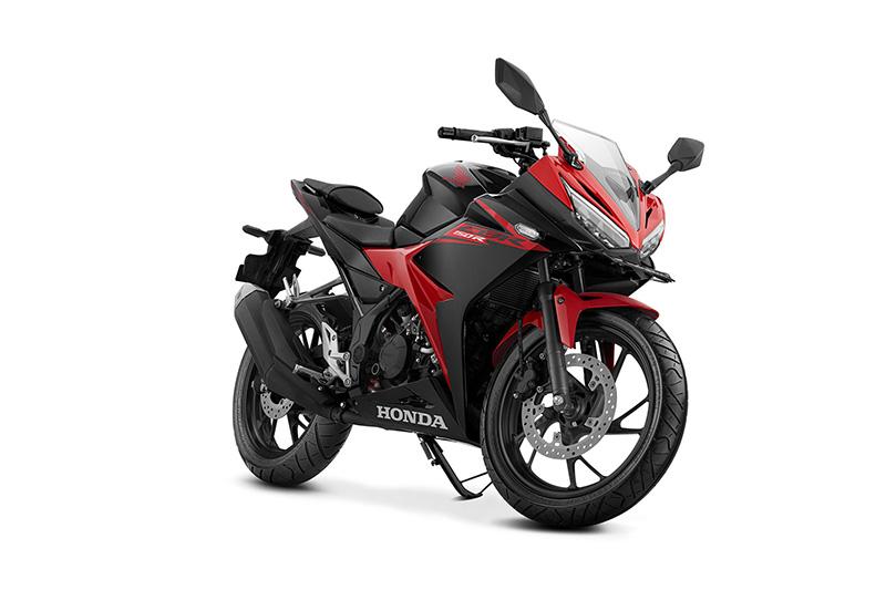 Pilihan warna dan Striping Honda All New CBR150R 2017 Merah